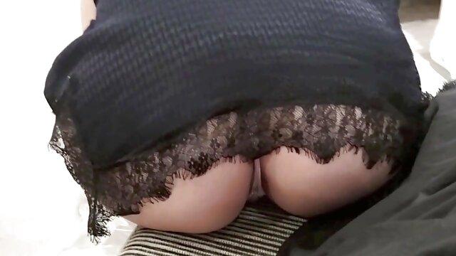 Nippon costume babes video porno entre lesbienne baise dans une orgie cosplay